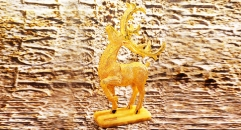 Luxury golden 24K home decor metal craft deer decoration , European-style home accessories vintage ornaments