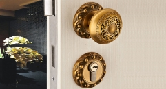 European Antique Zinc Alloy Door Lock Refined Carving Knob Luxury Locks