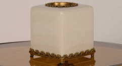classical white porcelain and golden copper tissue box, lucky home decoration, unisex ceramic and enamel display good