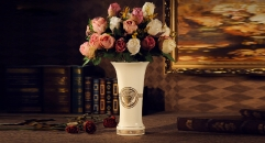 luxury Medusa style vase, luxury ceramic hand made vase, European style table vase