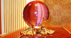 Luxury golden 24k home decor metal and crystal ball, home decoration